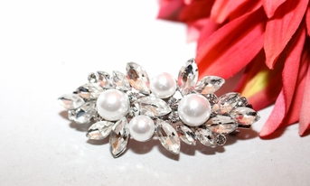 Sposa - Elegant Swarovski crystal and pearl wedding hair barrette - SALE!!!