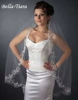The Romance Collection - 1 Tier Fingertip Length Veil