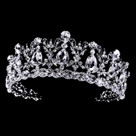Vanessa - Royal Collection - NEW Stunning crystal tiara crown