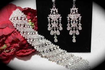 Vintage bold chandelier wedding earrings and bracelet