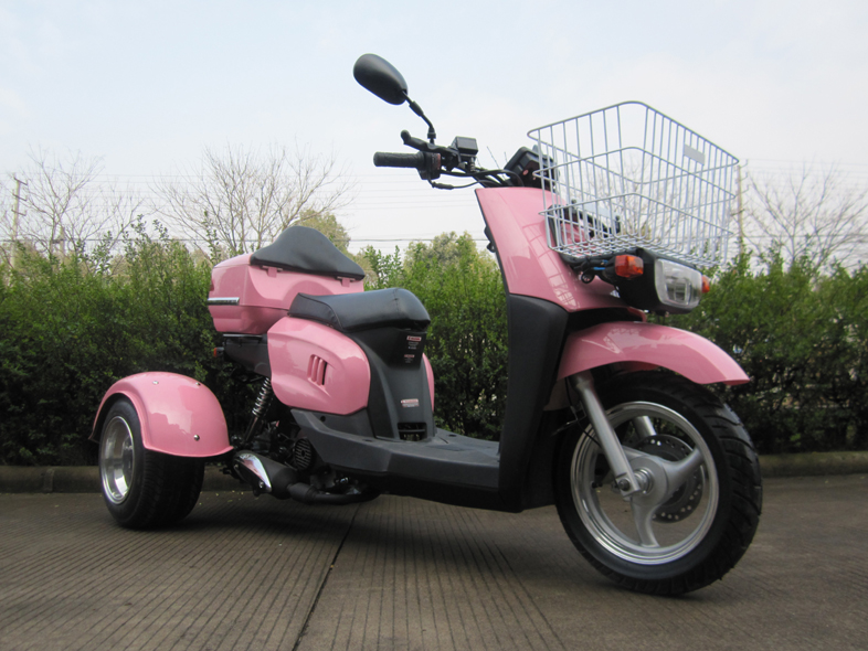 MC_TS50_9     50cc Automatic Trike Gas Motor Scooters