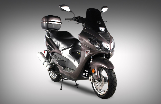 sl150 19 luxury 4 stroke luxury 150cc gas moped scooter. Black Bedroom Furniture Sets. Home Design Ideas