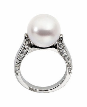 18K Palladium White Diamond and Natural Pearl Ring