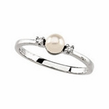 Akoya Cultured Pearl Rings