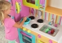 Deluxe Big & Bright Kitchen - click to Enlarge