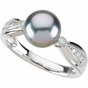 Diamond Ring with Tahitian Pearl - click to Enlarge