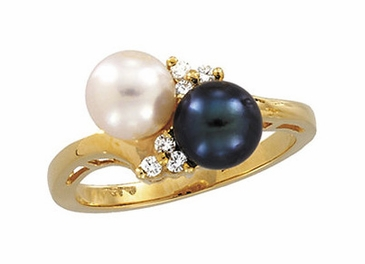 Diamond with Cultured and Black Pearl Ring