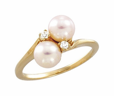Dual Embracing Pearl and Diamond Ring