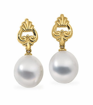 Exquisite Earrings With Flawless South Sea Pearl