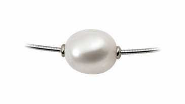 Fine Oval Natural Pearl Necklace