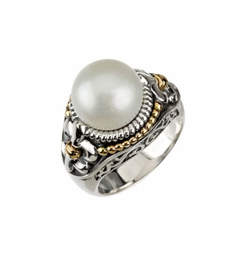 Fleur-dis-lis Trim with Freshwater Pearl Ring