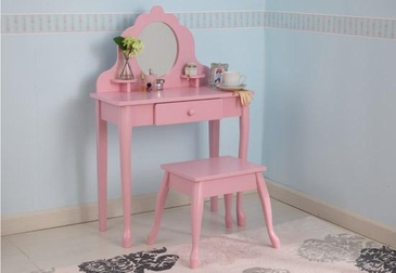 Medium Diva Table & Stool Pink