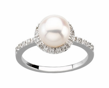 Natural Pearl Ring with Diamond Studs