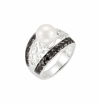 Vector Ring with Pearl & Black Spinel Accents
