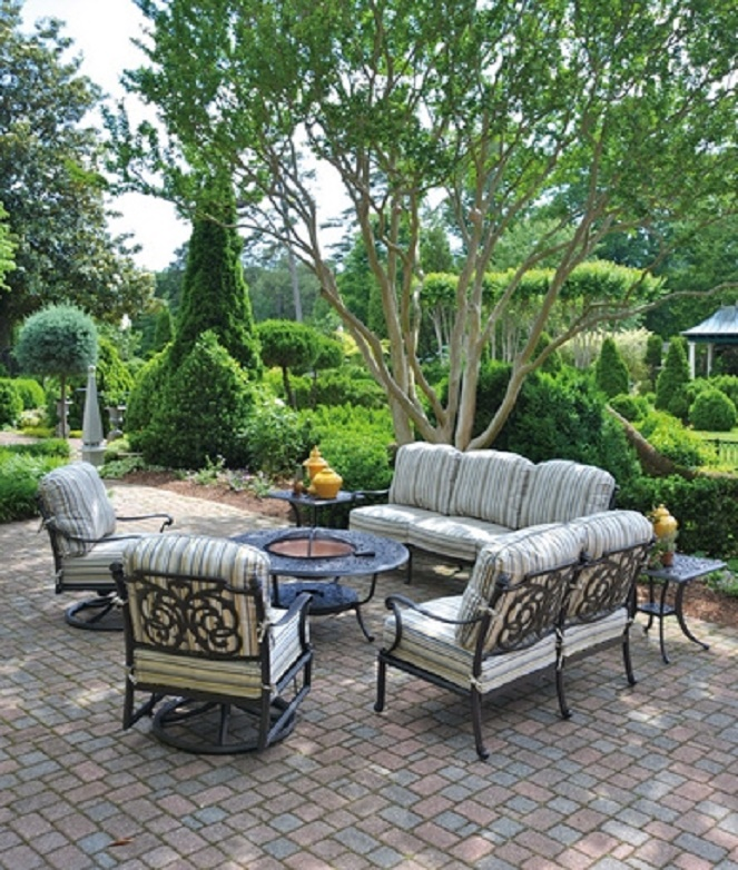 Chateau by hanamint luxury cast aluminum patio furniture for Most expensive outdoor furniture