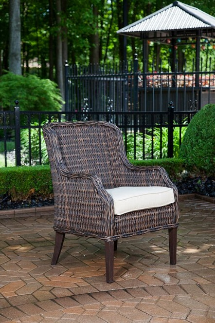 Mila Collection 8 Person All Weather Wicker Luxury Patio