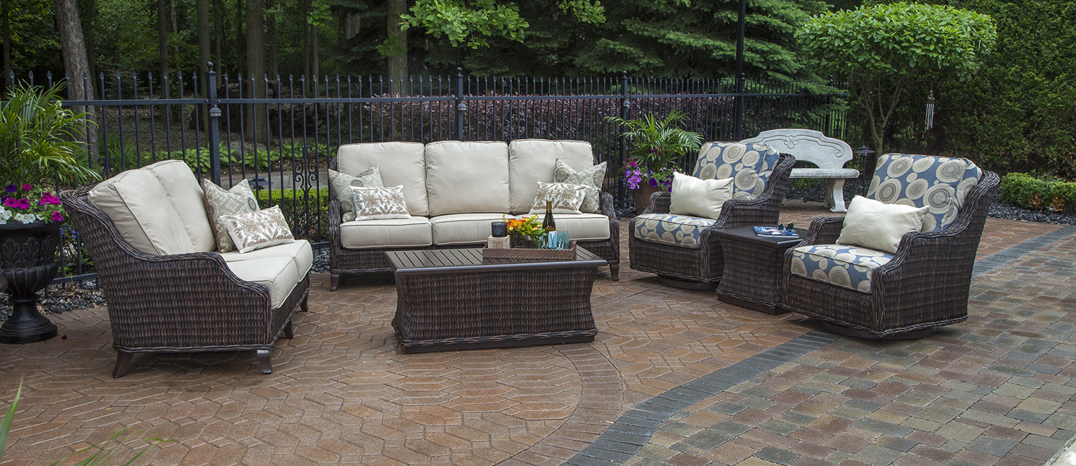 Mila Collection All Weather Wicker Patio Furniture Deep Seating Set  W/Swivel Chairs & Squ Coffee Tbl