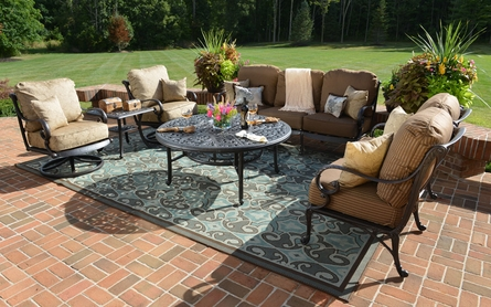 Amalia 6-Piece Luxury Cast Aluminum Deep Seating Set W/Drink Table And Swivel Chairs