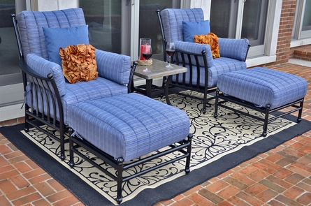 Amia 2-Person Luxury Cast Aluminum Patio Furniture Lounge Set W/Stationary Chairs