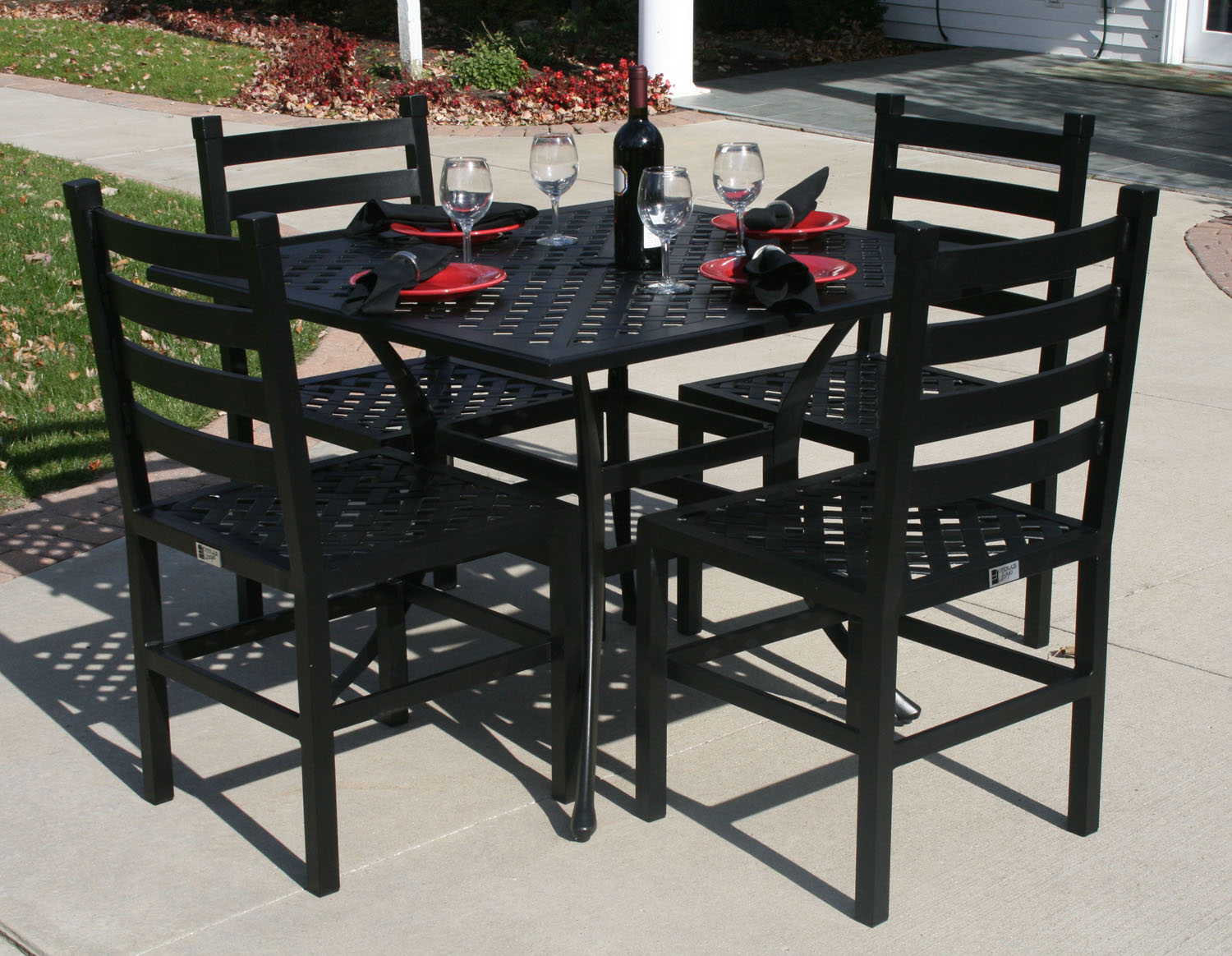 Ansley Luxury 4 Person All Welded Cast Aluminum Patio Furniture Dining Set W 36 Square Table