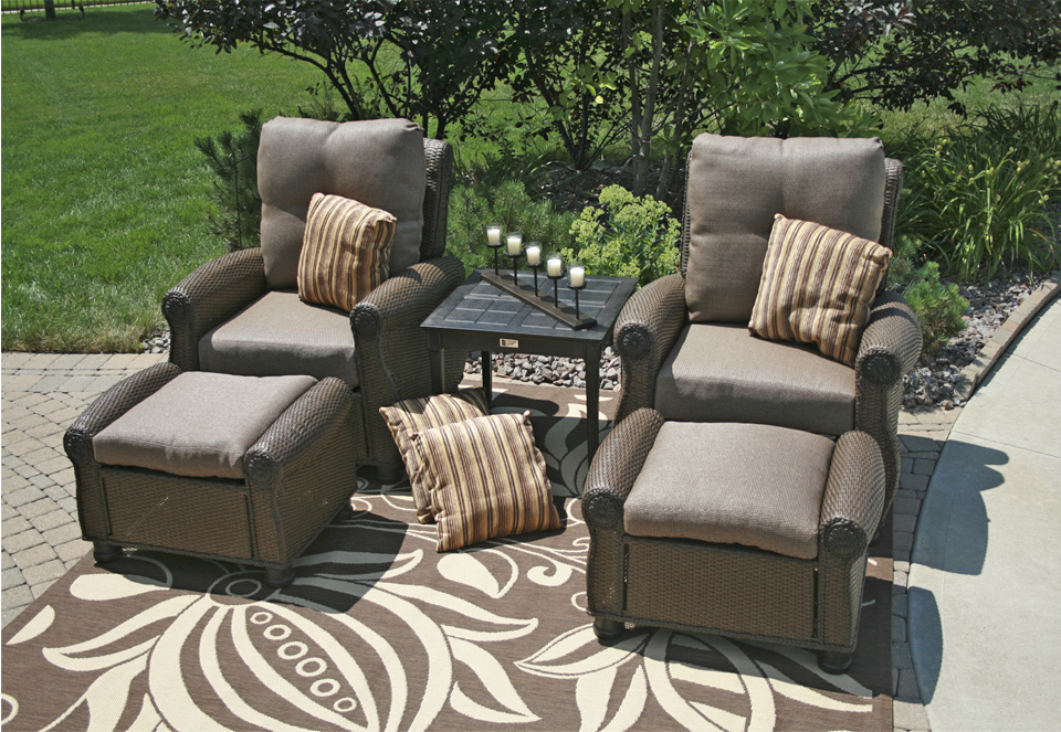 Giovanna Luxury 2 Person All Weather Cast Aluminum Patio