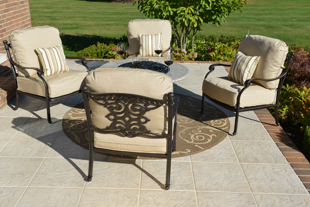 Serena 4 Person Luxury Cast Aluminum Patio Furniture Chat Set W/Fire Pit  And Stationary Chairs