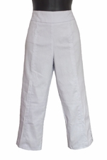 Slim Sation #M27715PM Everyday White Capri/Grommet Vented Sides/Final Sale