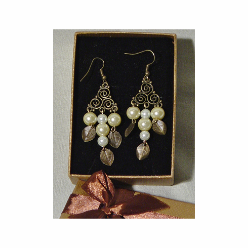 Tri Pearl Earrings
