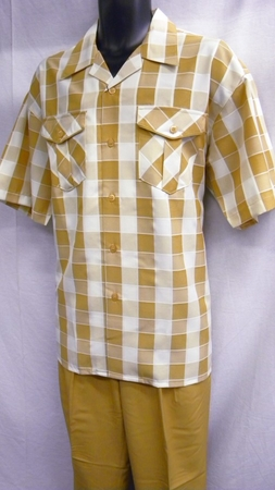Montique Mens Apricot Plaid Short Sleeve Walking Suits 374 - click to enlarge