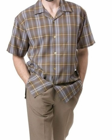 Montique Mens Brown Plaid Short Sleeve Walking Suits 697 - click to enlarge