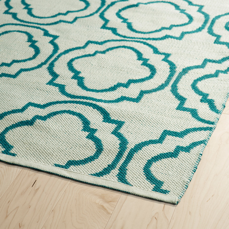 Brisa Double Quatrefoil Rug in Ivory and Teal ...