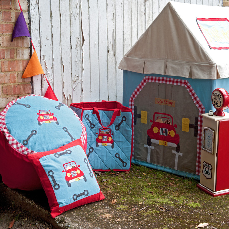 Garage Large Playhouse Tent By Win Green