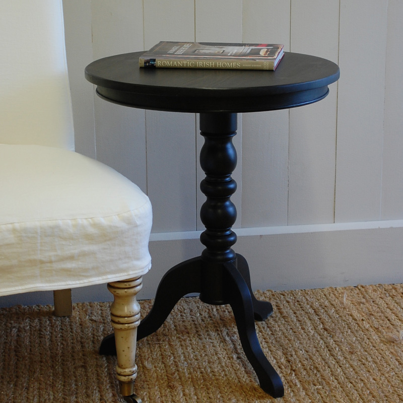 Luella 39 S Pedestal Side Table By English Farmhouse Furniture