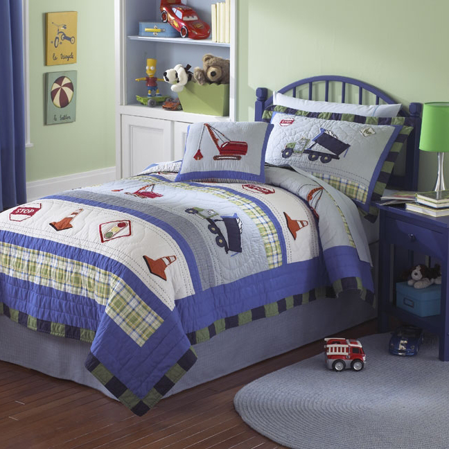 Little Boy Room Design Ideas: Trucks At Work Quilt With Pillow Sham