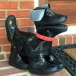 "16"" Abby - Boot Buddies Dog Sculpture"