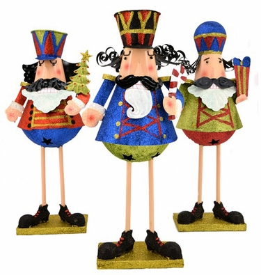 Christmas Nutcracker Statues (Set of 3) - Click to enlarge