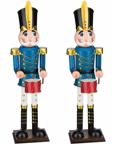 30 - Christmas Toy Soldiers