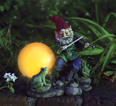 Fiddler Solar Gnome Statue - Click to enlarge
