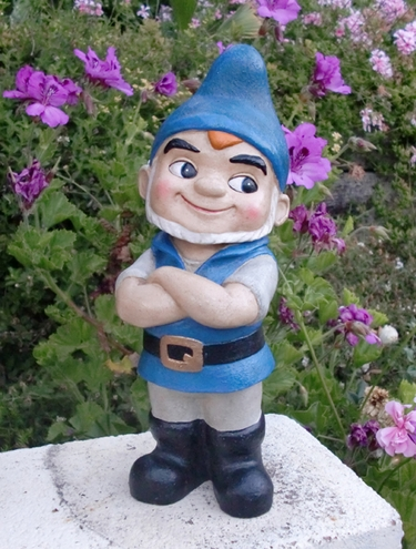 Gnomeo Gnome Garden Statue - Click to enlarge