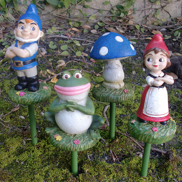 Gnomeo U0026 Juliet Garden Stakes (Set Of ...