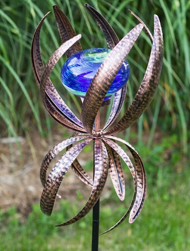 Illuminarie Pegosa Spinner Stake - Click to enlarge
