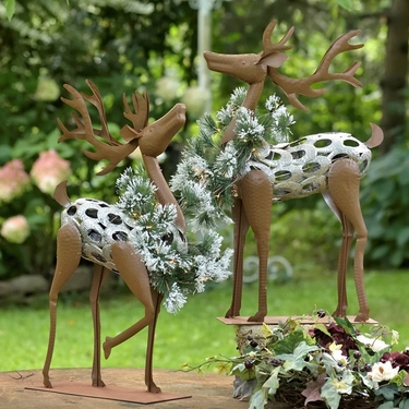 Iron Reindeers w/Christmas Wreath & LED Lights - Click to enlarge