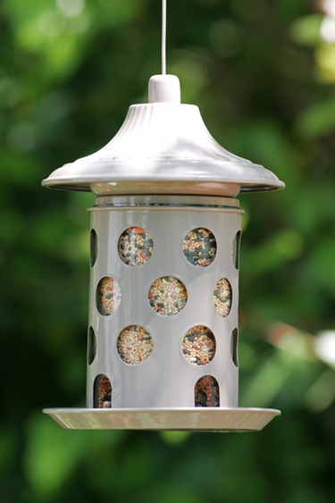 Lantern Style Feeder - Click to enlarge