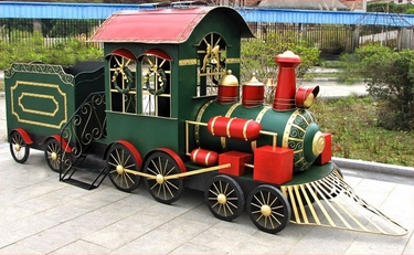 Large Christmas Iron Train w/Cart - Click to enlarge