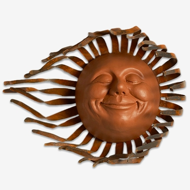 Large Grin Sun Decor w/Wind Blown Rays - Click to enlarge