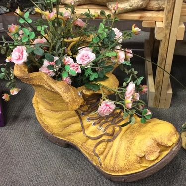 Large Old Boot Planter - Click to enlarge