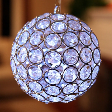 Medium Glam Ball LED - White - Click to enlarge