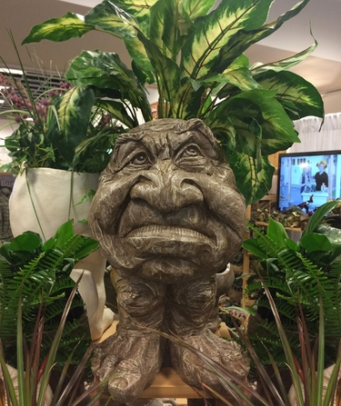Ole Grumpy Face Planter - Stone Wash Finish - Click to enlarge
