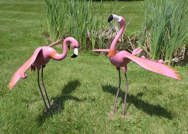 Pink Flamingos w/Moving Wings (Set of 2) - Click to enlarge