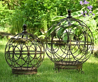 Round Globe Plant Stands (Set of 2) - Antique Rust - Click to enlarge